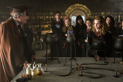 Potions Class with Professor Slughorn - HP:Half Blood Prince - hogwarts-professors Screencap