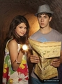 Promos - wizards-of-waverly-place-the-movie photo