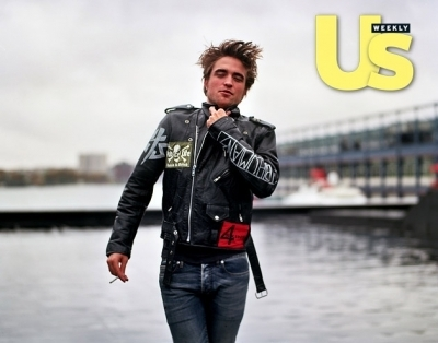 Rob at US Weekly photo Shoot outtakes! <3