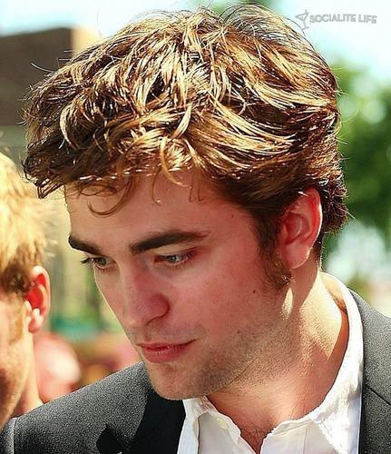 Robert Pattinson goodlooking - Guapote el niño hahaha