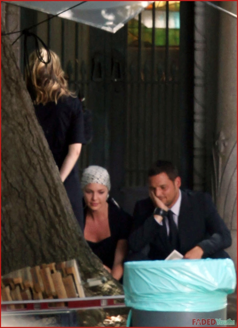 Season 6 filming pictures! The funeral - greys-anatomy photo