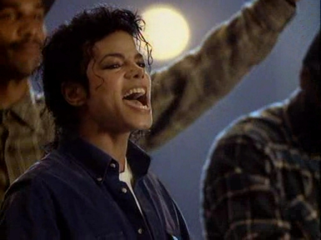 http://images2.fanpop.com/images/photos/7300000/The-Way-You-Make-Me-Feel-michael-jackson-7376100-1024-768.jpg