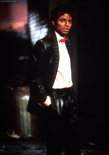 "Videoshoots / ""Billie Jean"" Set"