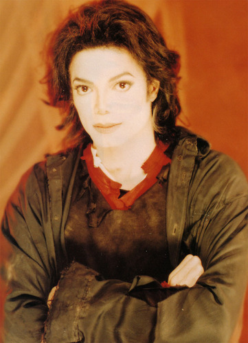 "Videoshoots / ""Earth Song"" Set"