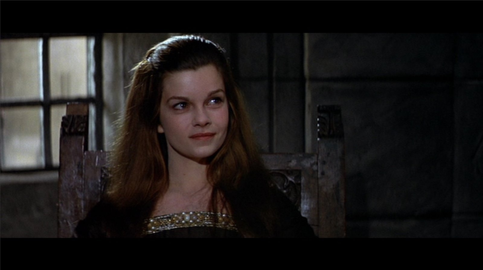 http://images2.fanpop.com/images/photos/7300000/genevieve-bujold-screencap-anne-boleyn-7304801-1600-896.jpg
