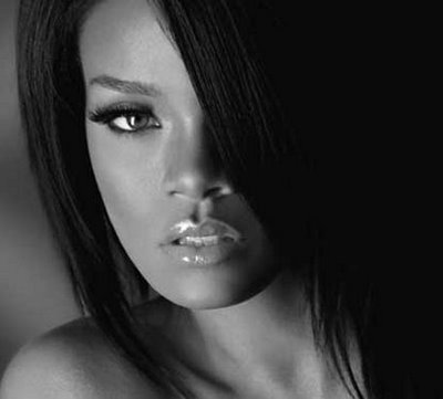 http://images2.fanpop.com/images/photos/7300000/rihanna-popprincess-rihanna-7325431-400-361.jpg