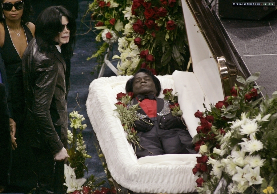 MICHAEL JACKSON'S FUNERAL Weekly World News