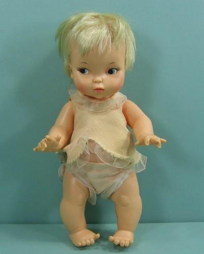 बीविच्ड Tabatha Vintage Doll