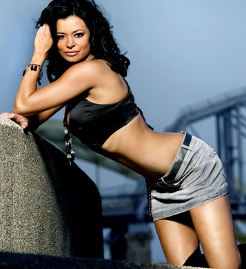 Candice Michelle achtergrond containing bare legs and tights called Candice Michelle