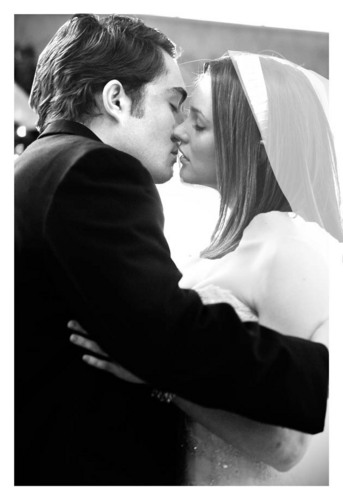 Chuck & Blair wedding pics