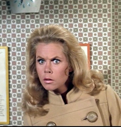 Elizabeth Montgomery wallpaper containing a portrait called Elizabeth as Samantha  (Bewitched)