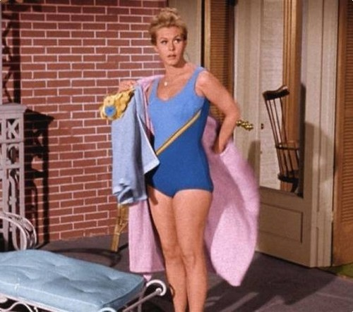 Elizabeth Montgomery wallpaper with a leotard, tights, and a maillot entitled Elizabeth as Samantha  (Bewitched)