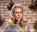 Elizabeth as Samantha  (Bewitched) - elizabeth-montgomery photo