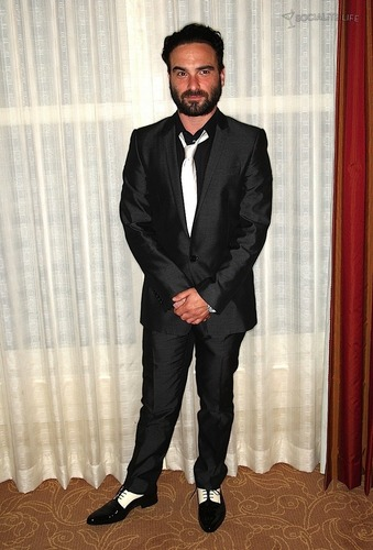 Johnny Galecki @ the 2009 TCA's