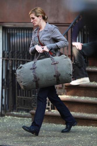 "Julia Filming ""Eat, Pray, Love"" in NYC 3/8/09"
