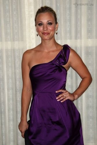 Kaley Cuoco @ the 2009 TCA's