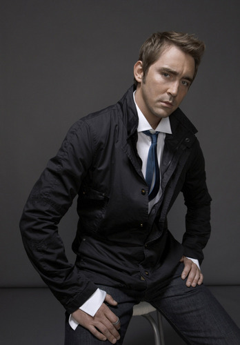Lee Pace wallpaper containing a business suit, a well dressed person, and a suit entitled Lee