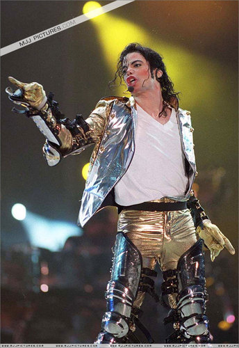 MJ IN GOLD...))))