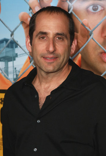 Peter Jacobson wallpaper with a chainlink fence entitled Peter Jacobson