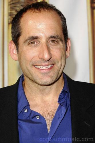 Peter Jacobson karatasi la kupamba ukuta with a business suit entitled Peter Jacobson
