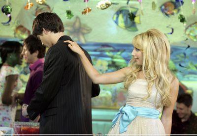 "Spot ""Kiss The Girl"" Photoshoot-21-Kiss-The-Girl-ashley-tisdale-7465150-400-277"