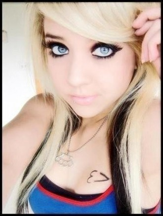 Pretty Emo girl - emo-girls Photo