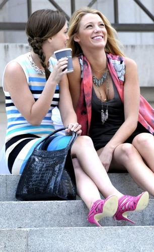 Serena and Blair on season 3!