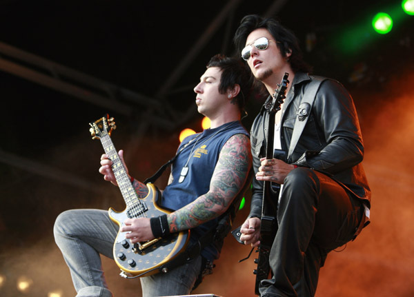 Syn And Zacky Synyster Gates Photo 7439555 Fanpop