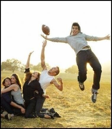 The Twilight Cast Playing FootBall