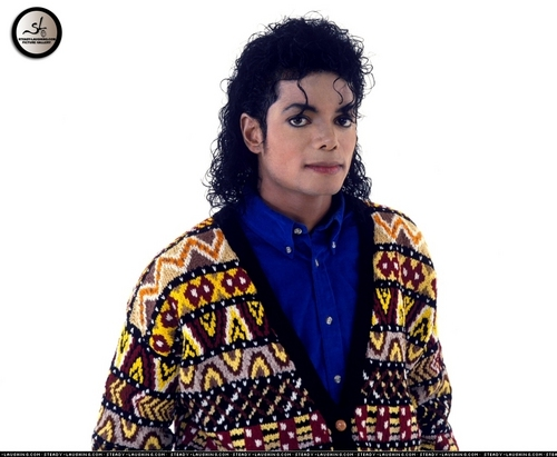 Michael Jackson wallpaper possibly with a dashiki called Various Photoshoots / Sam Emerson Photoshoots