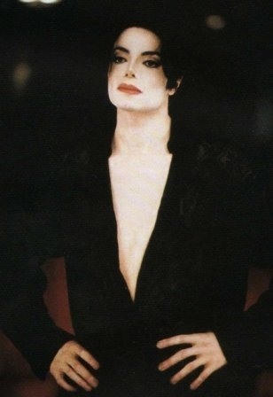 "Videoshoots / ""You Are Not Alone"" Set -  michael-jackson photo"