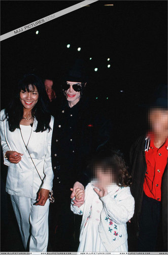 Various > Michael visits Monaco
