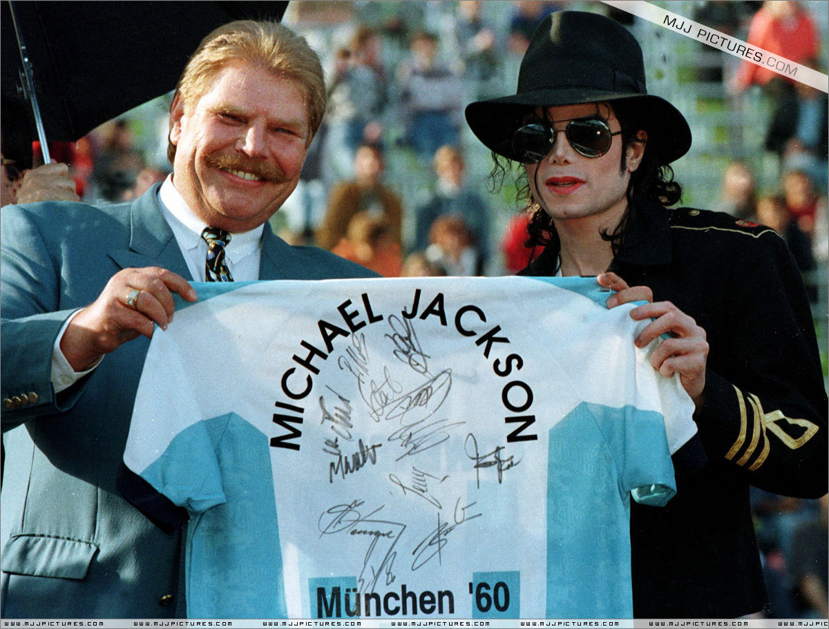 Appearances > Press Conference at the Munich Olympic Stadium