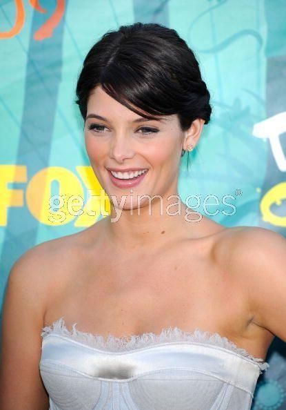 Ashley Greene at Teen choice awards
