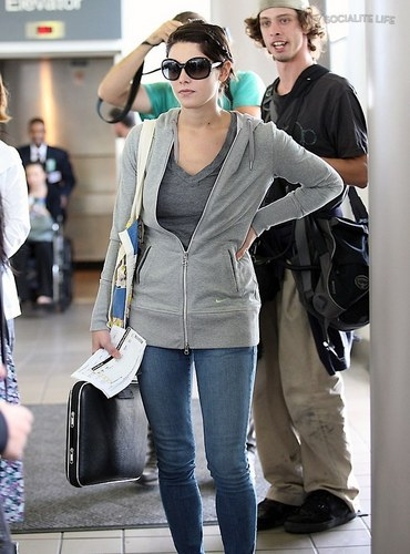 Ashley- at the airport heading to film eclipse