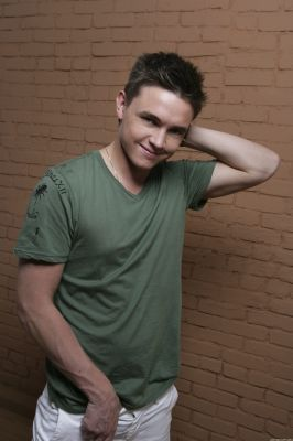 Jesse McCartney wallpaper possibly with a hunk entitled Brian Lowe 2008 HQ Photoshoot