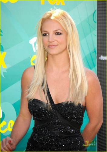 Britney @ the 2009 Teen Choice Awards