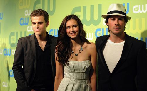 Cast CW