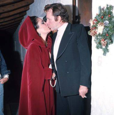 Elizabeth Taylor and Richard 버튼, burton