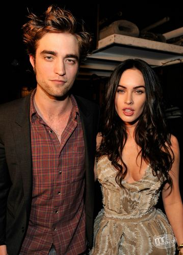 HQ rob and megan 狐狸