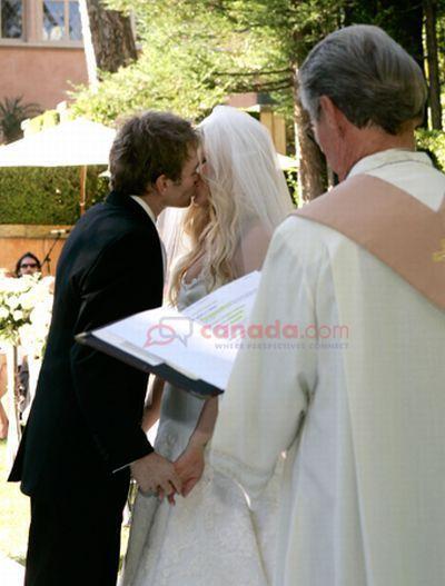 Her Wedding <3
