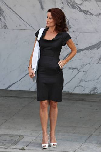 """Laura Leighton on the """"Melrose Place"""" set - August 10, 2009"""