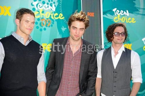 Kellan, Rob & Jackson- at teen choice awards