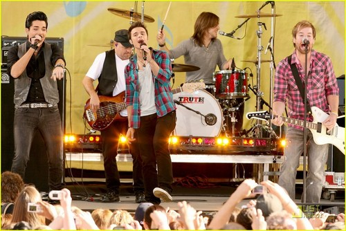 Kris Allen on GMA