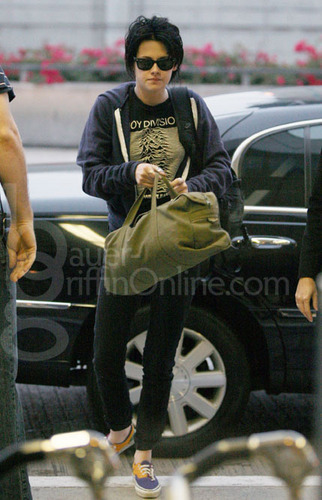 Kristen leaving LAX