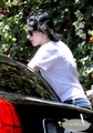 Kristen leaving Rob's hotel - Rob, one hour after, in his hotel's patio - twilight-series photo