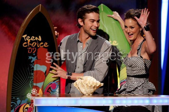 Leighton Meester & Chace Crawford - Teen Choice Awards