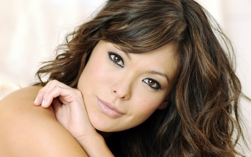 Lindsay Price wallpaper with a portrait and skin titled Lindsay