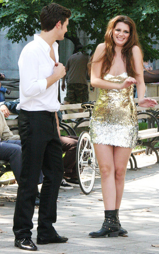 Mischa Barton on the set of 'The Beautiful Life'