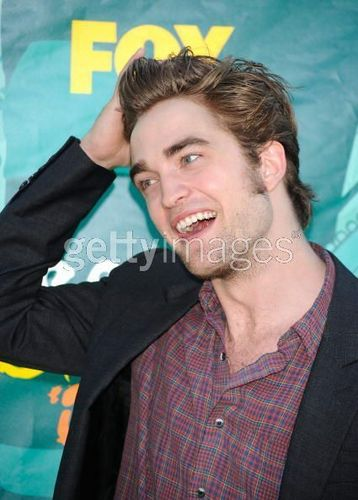 Rob at Teen choice awards
